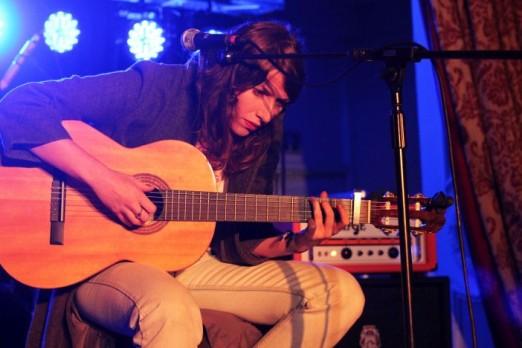 Thursday PaganiniBallroom AldousHarding 02 -Jon Southcoasting brightonsource
