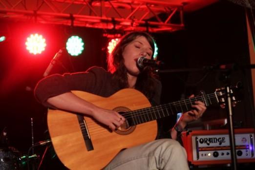 Thursday PaganiniBallroom AldousHarding 09 -Jon Southcoasting brightonsource