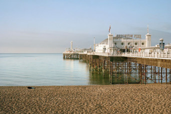 Pierdom_Brighton Pier, © Simon Roberts, courtesy Flowers Gallery - CROPPED
