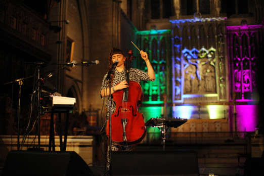Abi Wade @ All Saints Church (Photo: Gili Dailes)