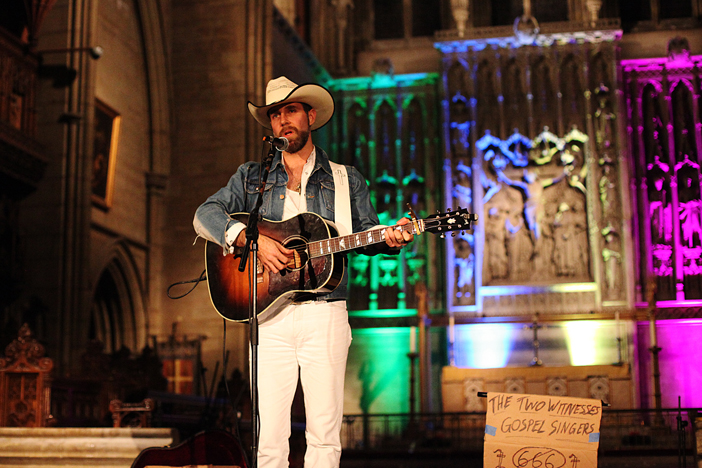 Josh T Pearson @ All Saints Church (Photo: Gili Dailes)