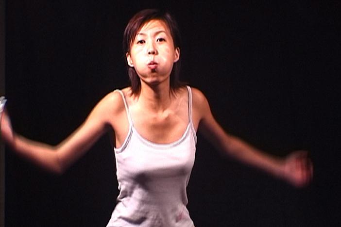 Yang Zhenzhong, Let's Puff, 2002 © Yang Zhenzhong. Courtesy of ShanghART Gallery and Yang Zhenzhong