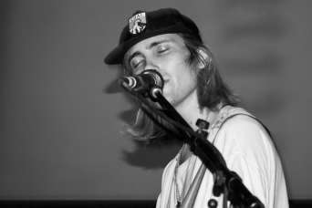 DIIV | Brighton Source