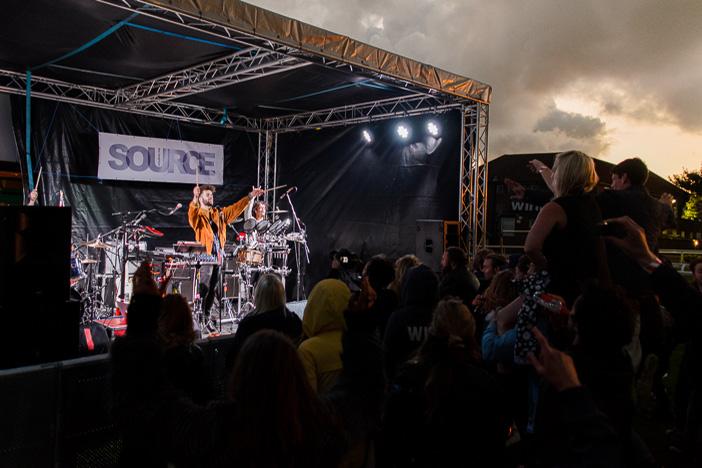 Party At The Races | Brighton Source | Mike Tudor | studio85uk.com