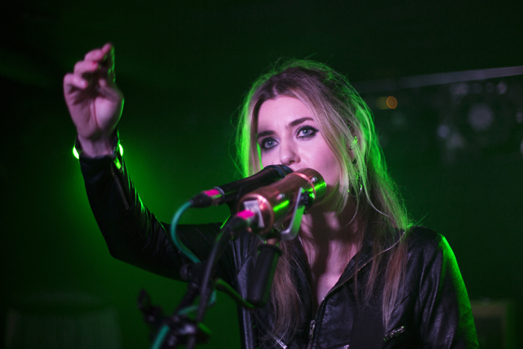 Blood Red Shoes - Sticky Mikes Frog Bar - Ashley Laurence - Time for Heroes Photography